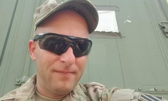 Guard Soldier Walks Across Country from Pier to Pier to Help Peers